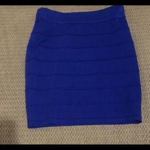 Dresses & Skirts - I am selling a Royal blue skirt